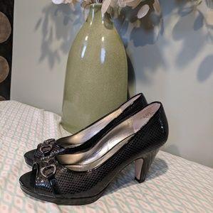 Anne Klein black heels sz 8.5m